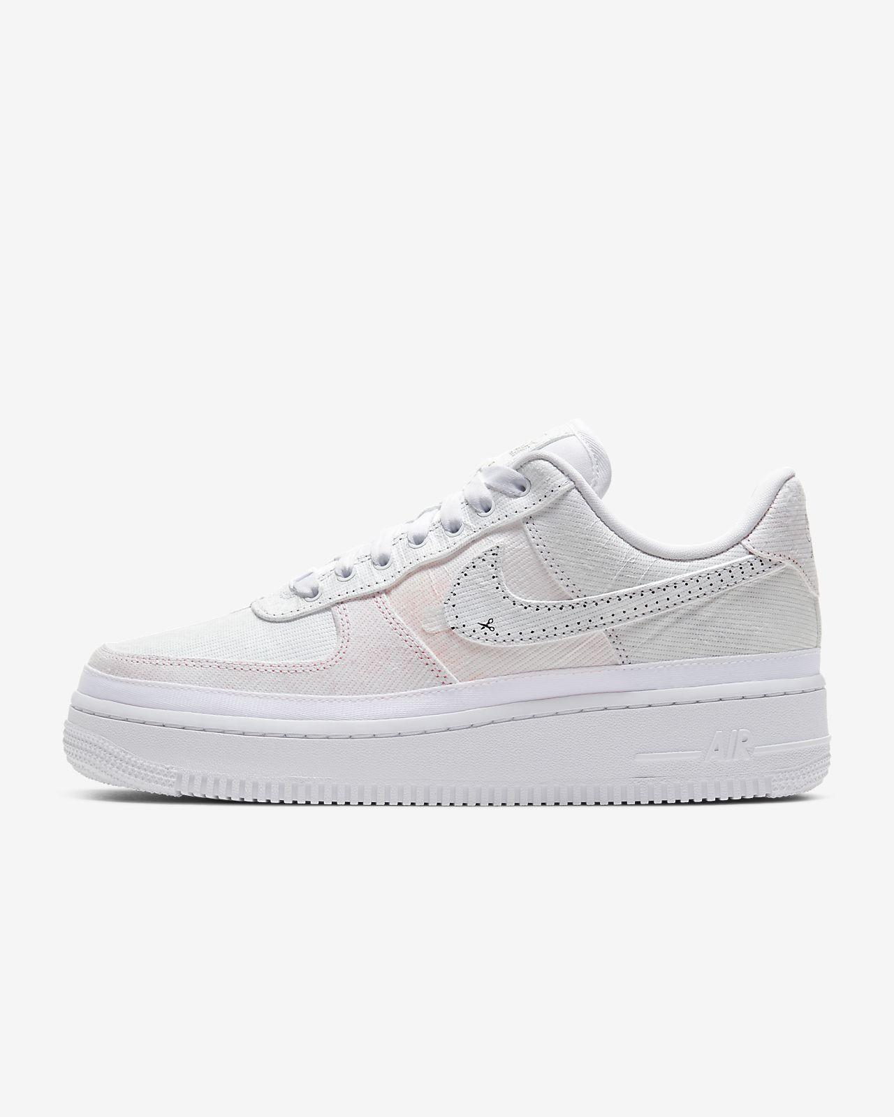 รองเท้าผู้หญิง Nike Air Force 1 '07 Luxe