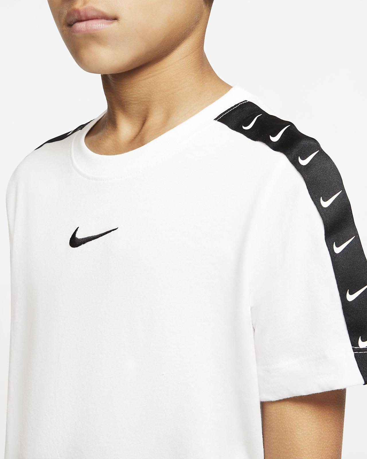 Nike Sportswear Swoosh T Shirt für ältere Kinder