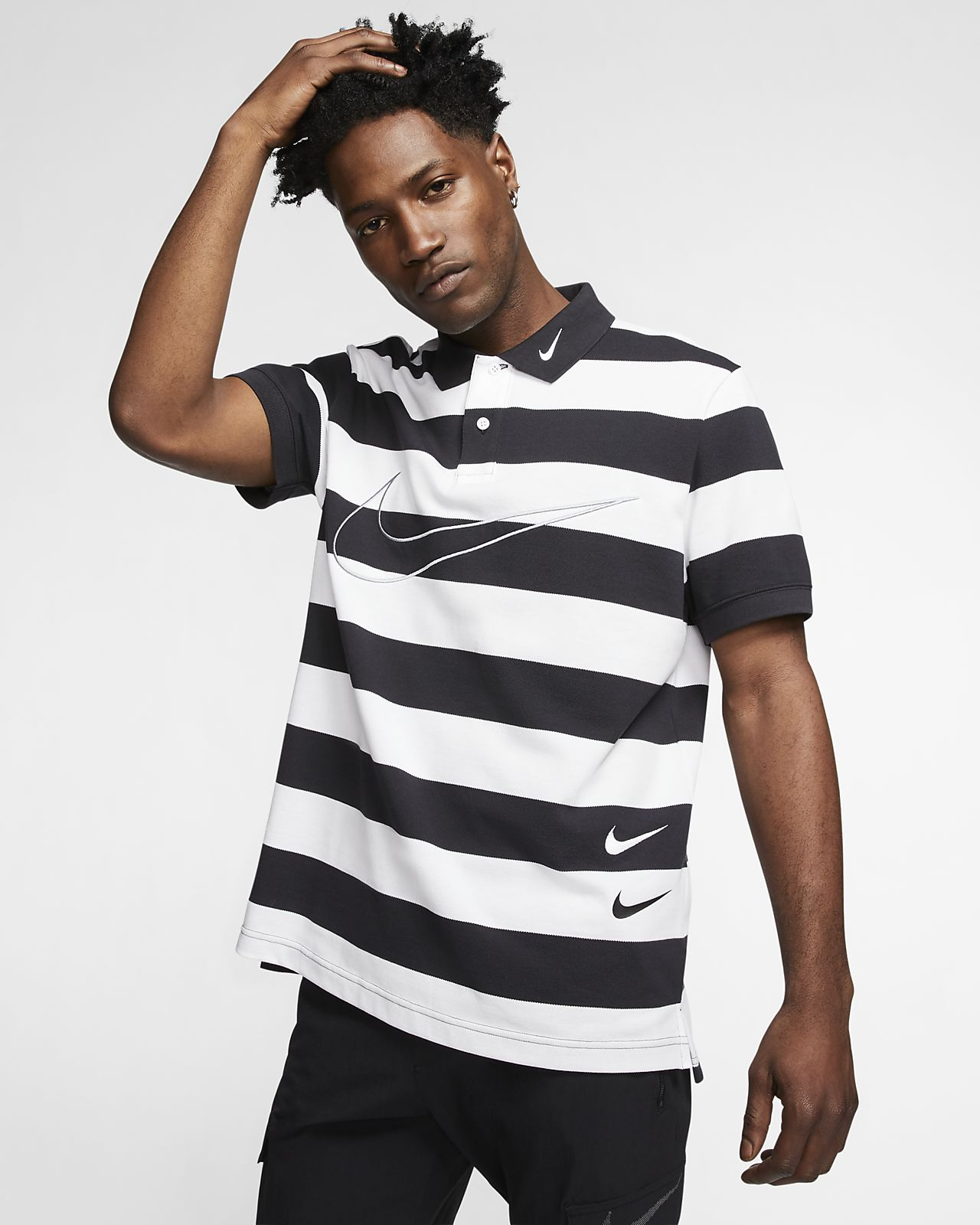 Nike Sportswear Swoosh Herren-Poloshirt aus Strickmaterial