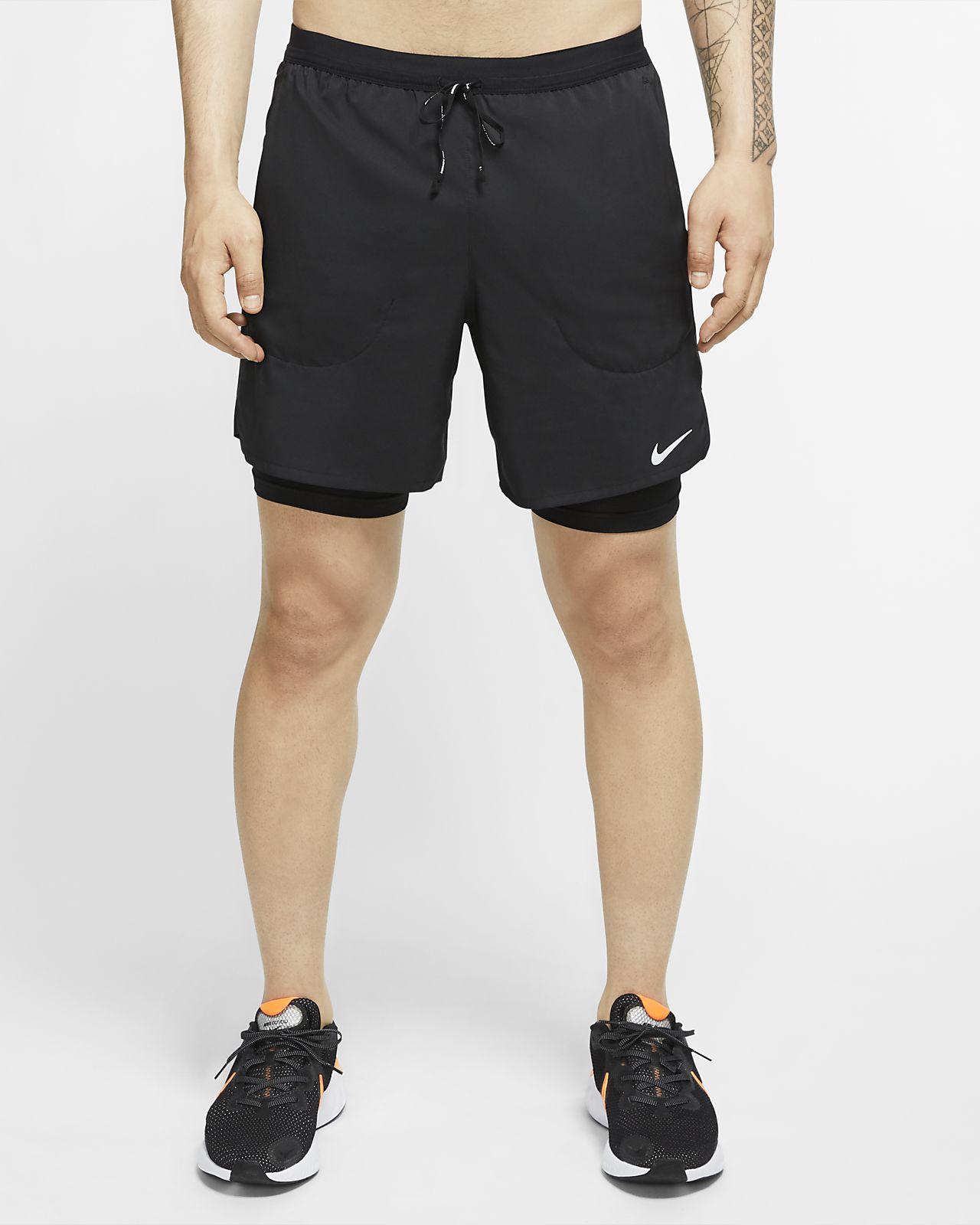 กางเกงวิ่งขาสั้น 7 นิ้ว 2-In-1 ผู้ชาย Nike Flex Stride