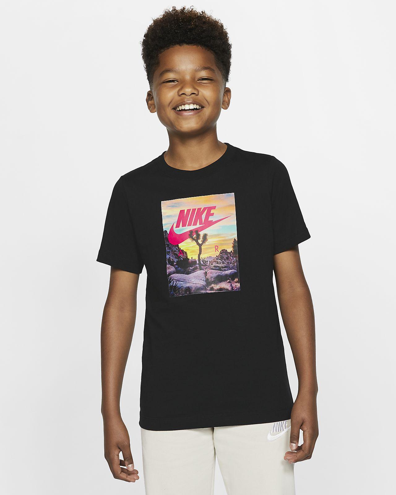 Nike Sportswear T skjorte til store barn (gutt)