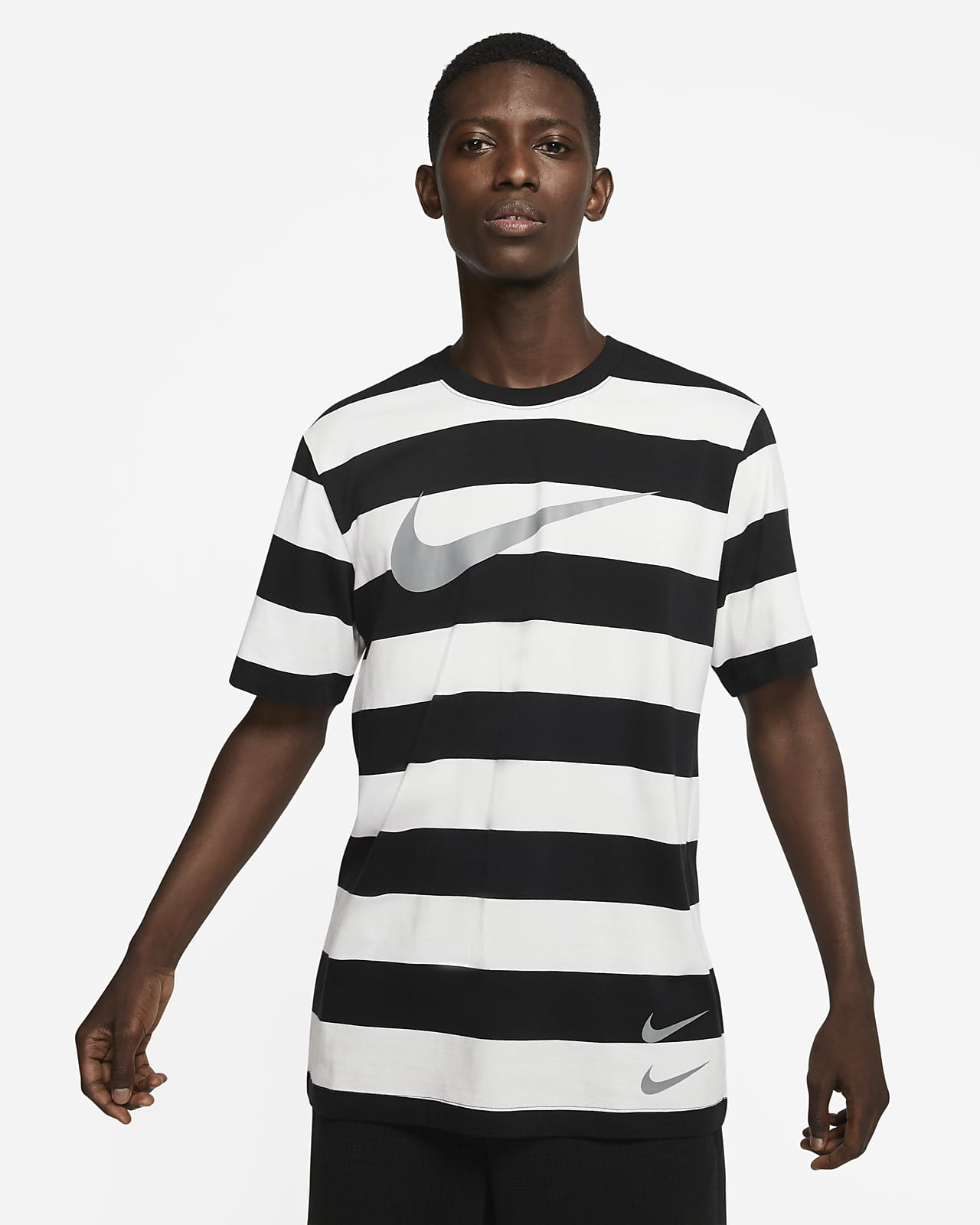 Nike Sportswear Swoosh Men's Striped T-Shirt