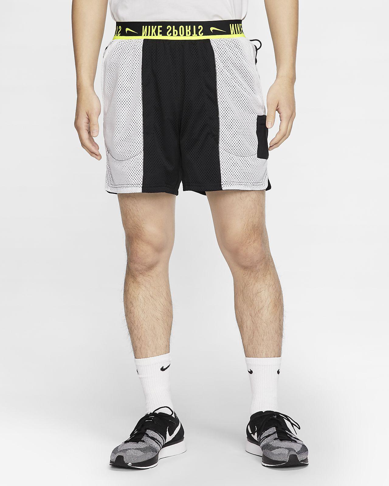 กางเกงเทรนนิ่งขาสั้นผู้ชายใส่ได้ 2 ด้าน Nike