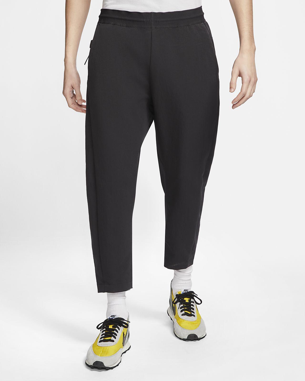 níquel Huelga Modernización  Nike Sportswear Tech Pack Pantalón de tejido Woven de tres cuartos ...