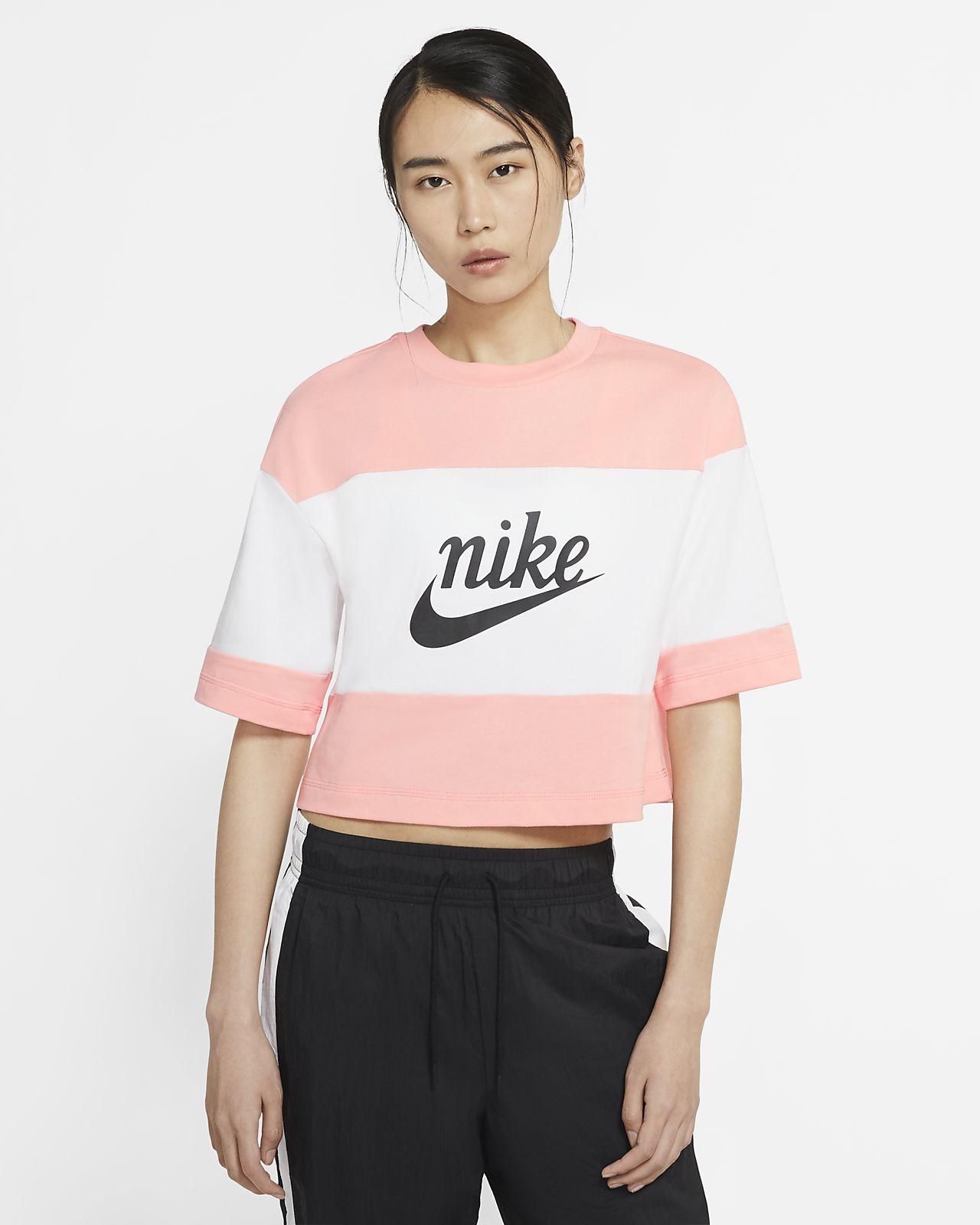 Nike Sportswear Varsity 女子短袖上衣