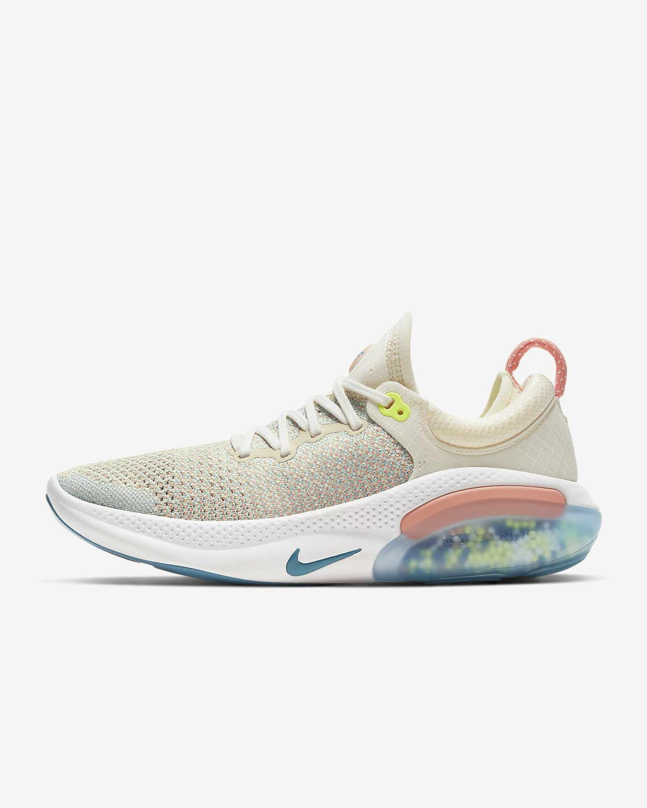 รองเท้าวิ่งผู้หญิง Nike Joyride Run Flyknit
