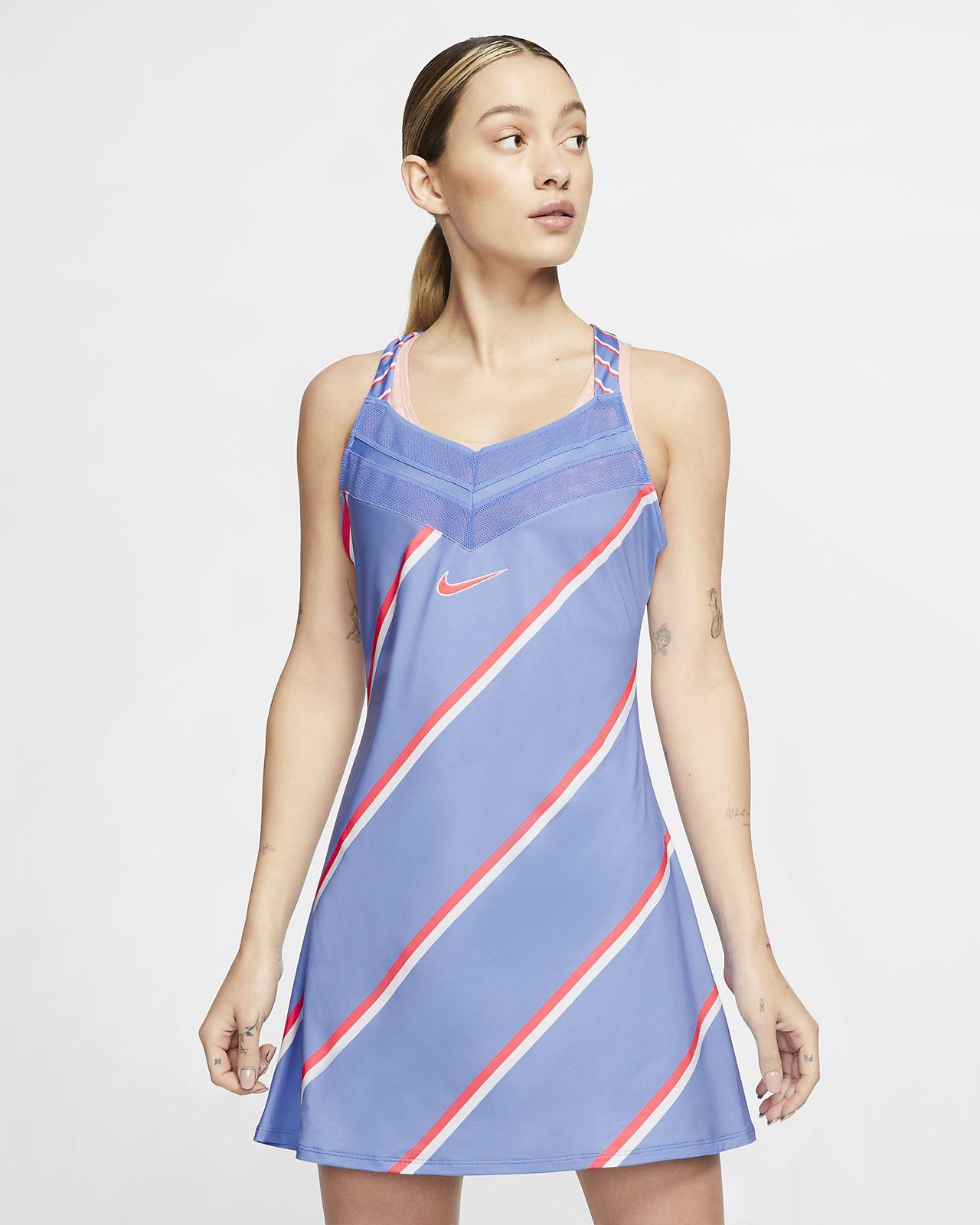 Robe de tennis NikeCourt pour Femme