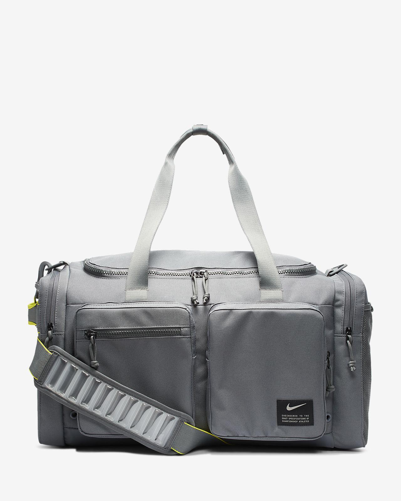 กระเป๋า Duffel เทรนนิ่ง Nike Utility Power (ไซส์ M)
