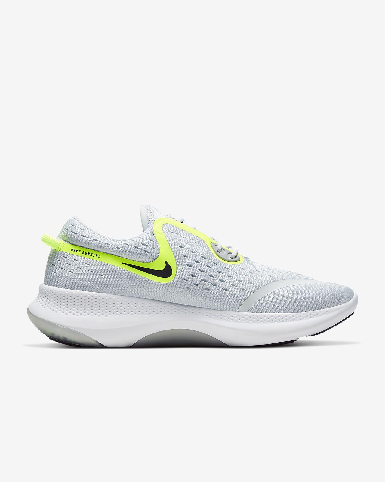 Dual Run Men's Running Shoe. Nike GB