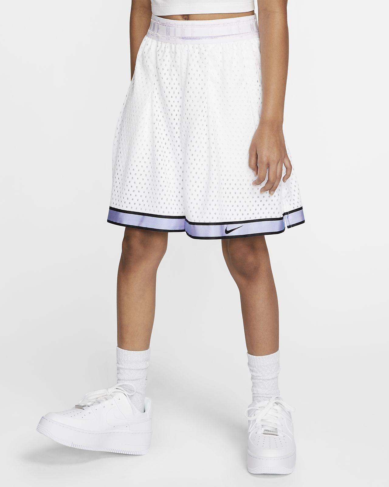 Nike Sportswear Tech Pack 大童(女孩)短裤