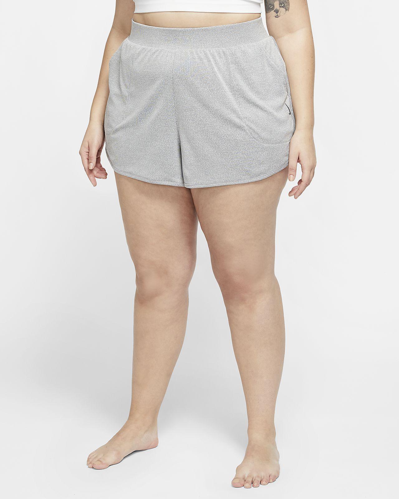 Shorts Nike Yoga (Plus Size) - Donna