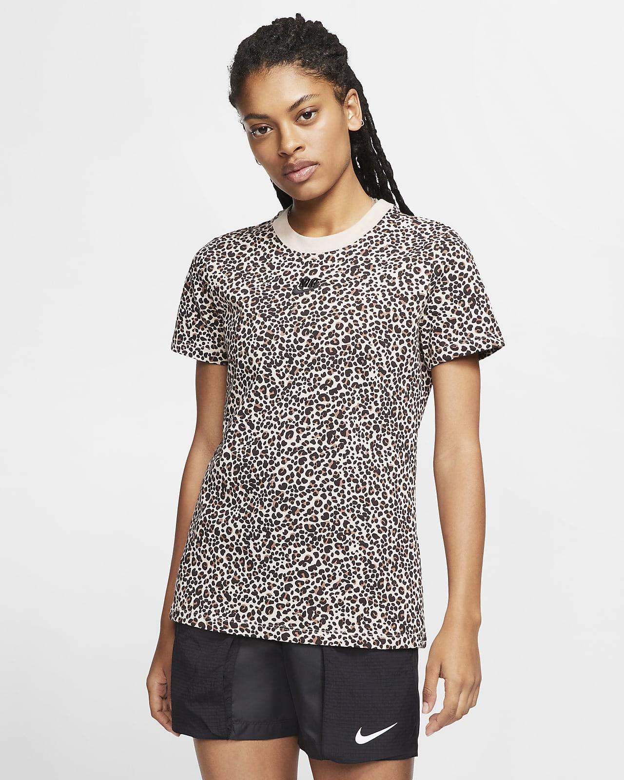 Tee-shirt avec imprimé animal Nike Sportswear pour Femme