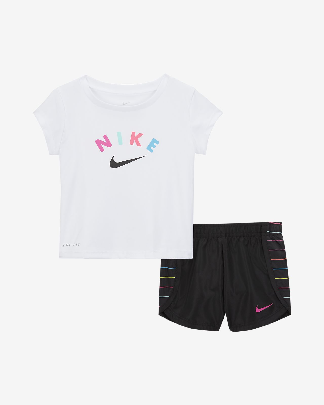 Conjunto de playera y shorts para bebé Nike Dri-FIT (12 a 24 meses)