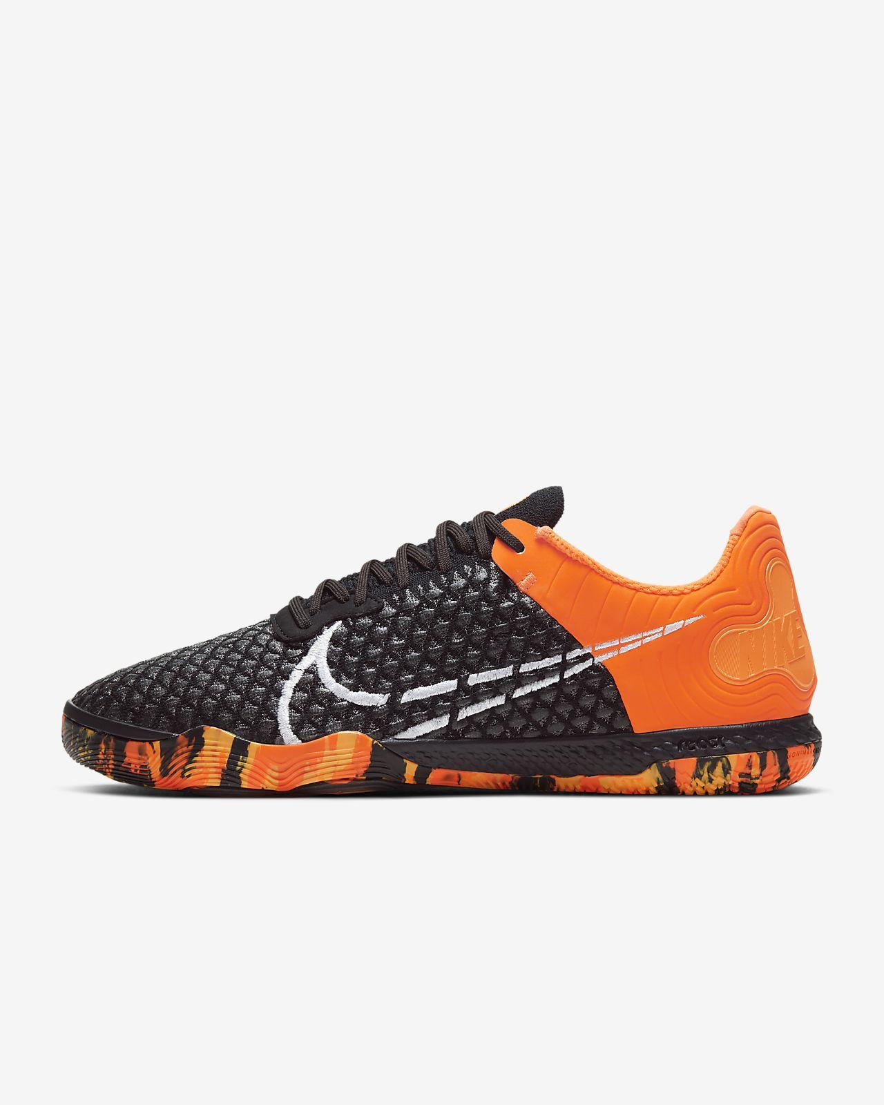 Calzado de fútbol para cancha cubierta Nike React Gato