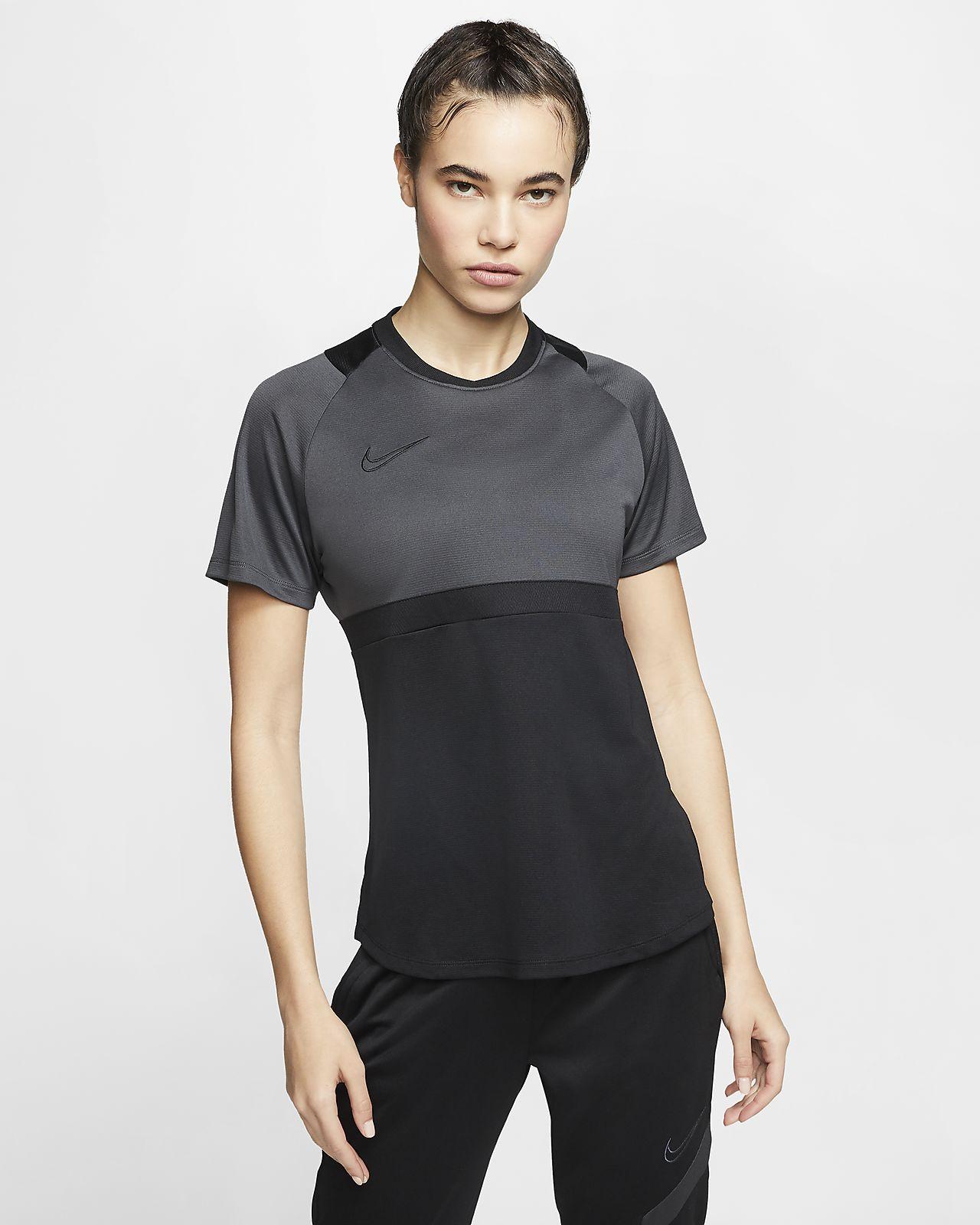 Camiseta de fútbol de manga corta para mujer Nike Dri-FIT Academy