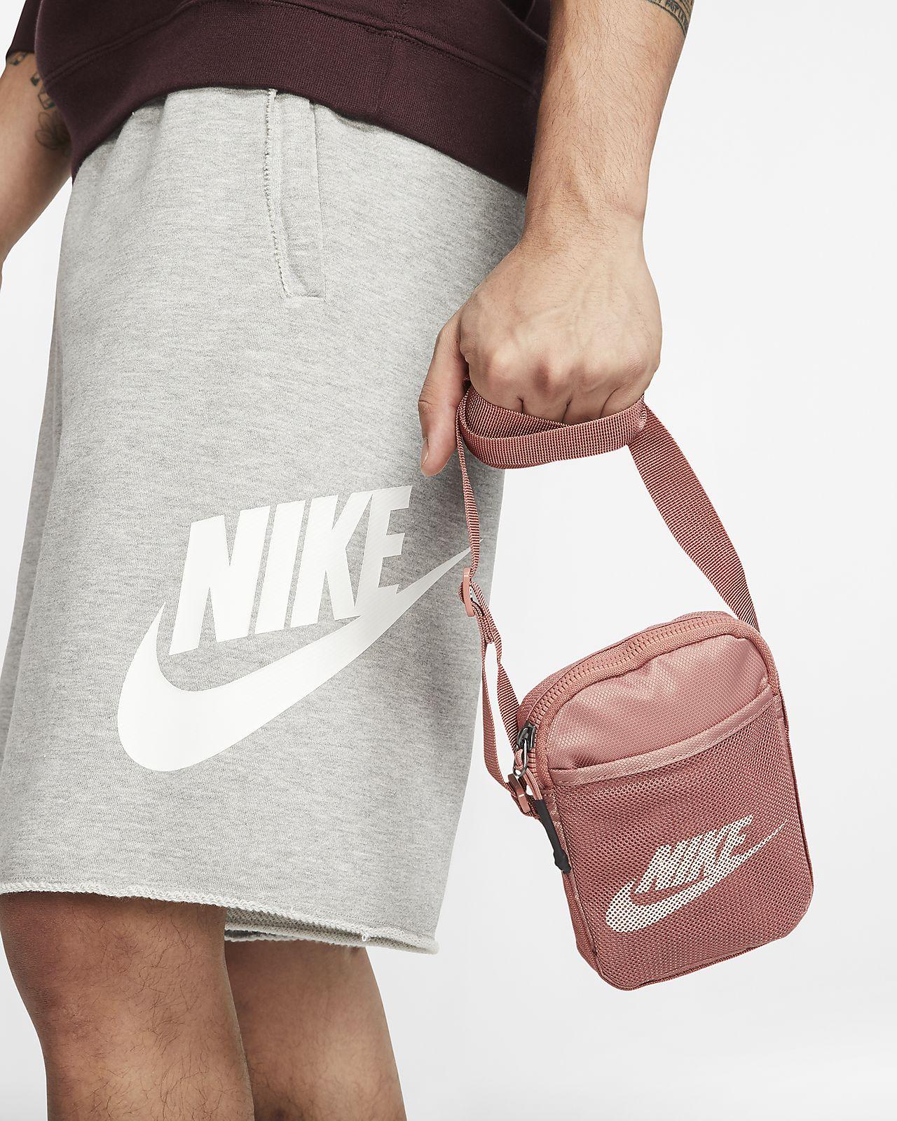 Borsa a tracolla piccola Nike Heritage