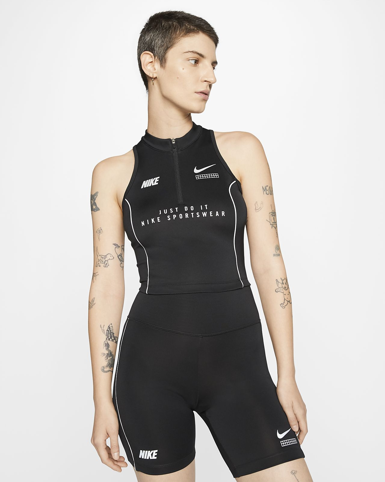 Nike Sportswear DNA Kolsuz Kadın Üstü