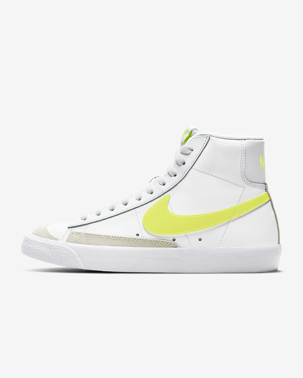 elige genuino cliente primero excepcional gama de estilos Nike Blazer Mid '77 Women's Shoe. Nike AE