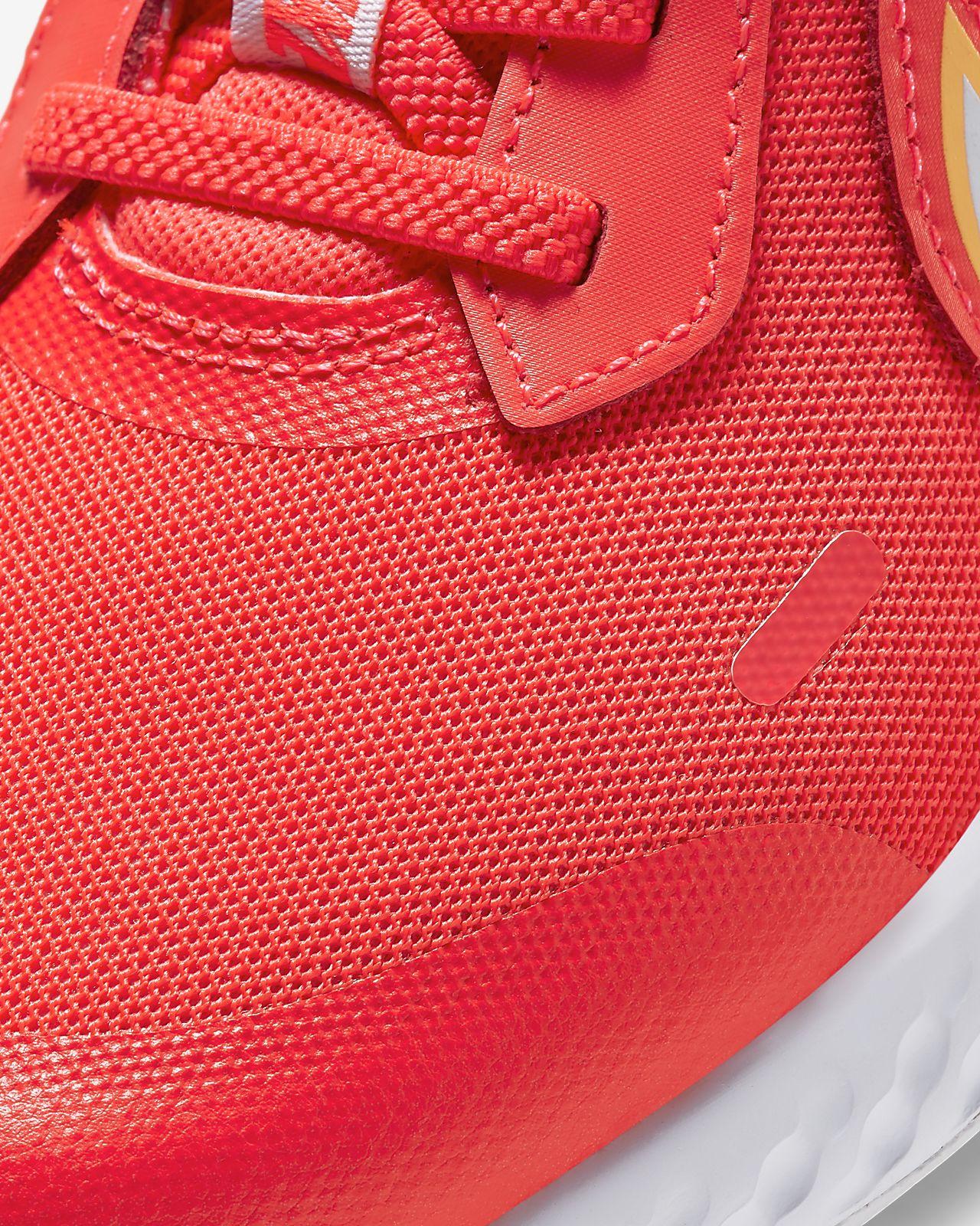 Chaussure Nike Revolution 5 Fire pour Jeune enfant