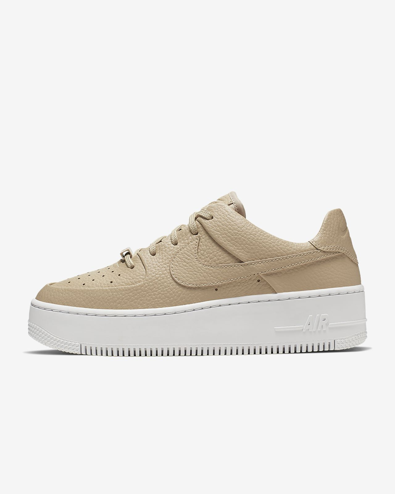 Sapatilhas casual de mulher Air Force 1 Sage Low Nike