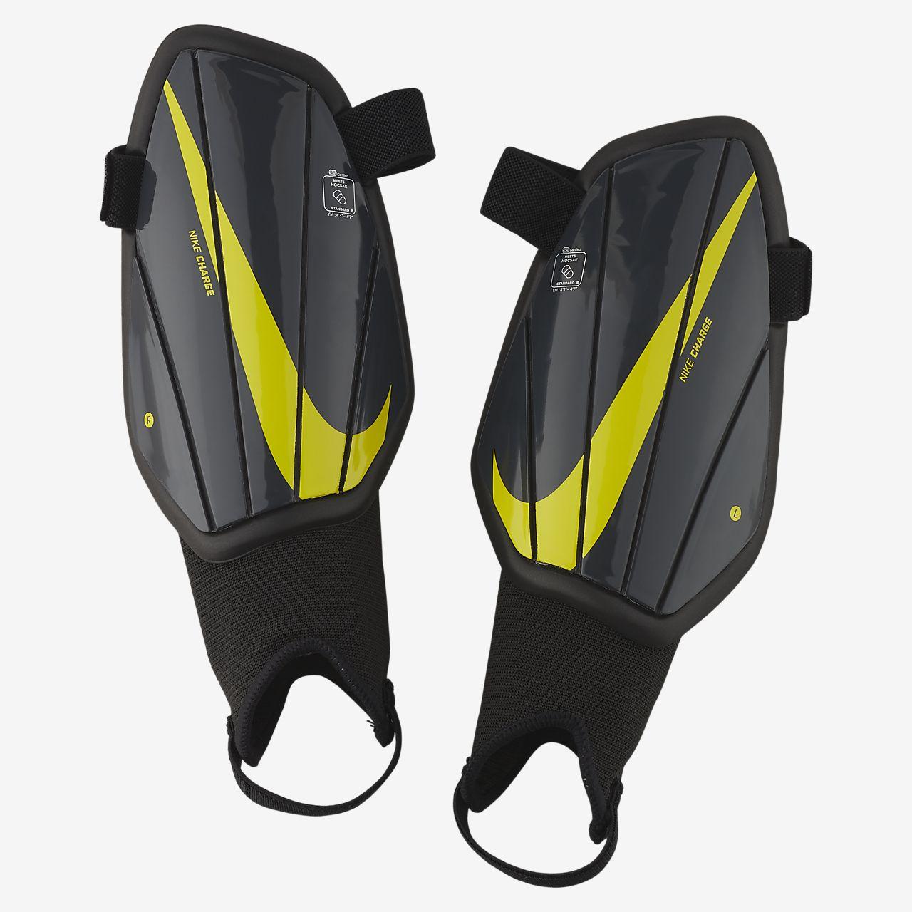 Nike Charge Canyelleres de futbol - Nen/a