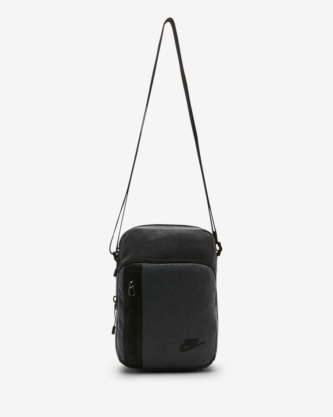 Nike Tech Crossbody-Tasche