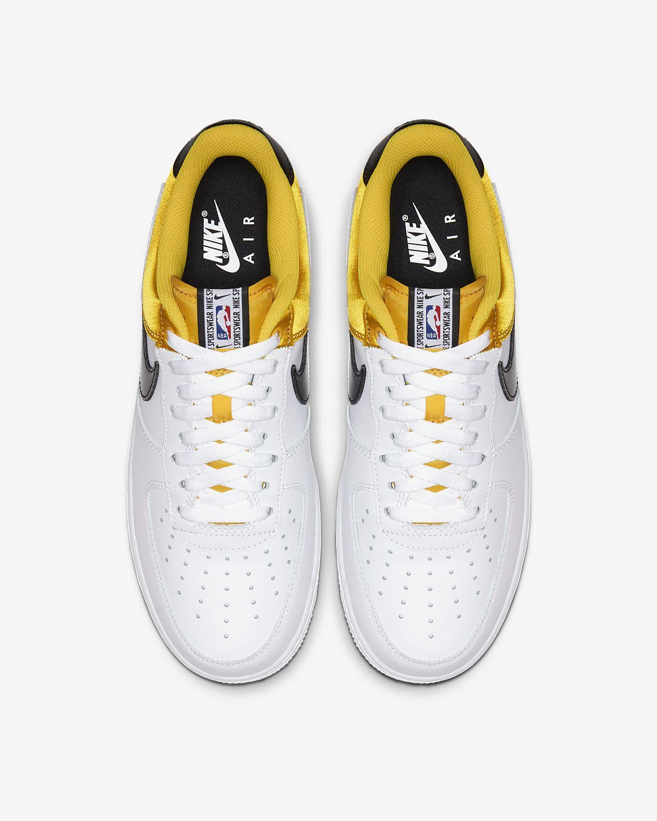 Nike Air Force 1 NBA Low sko