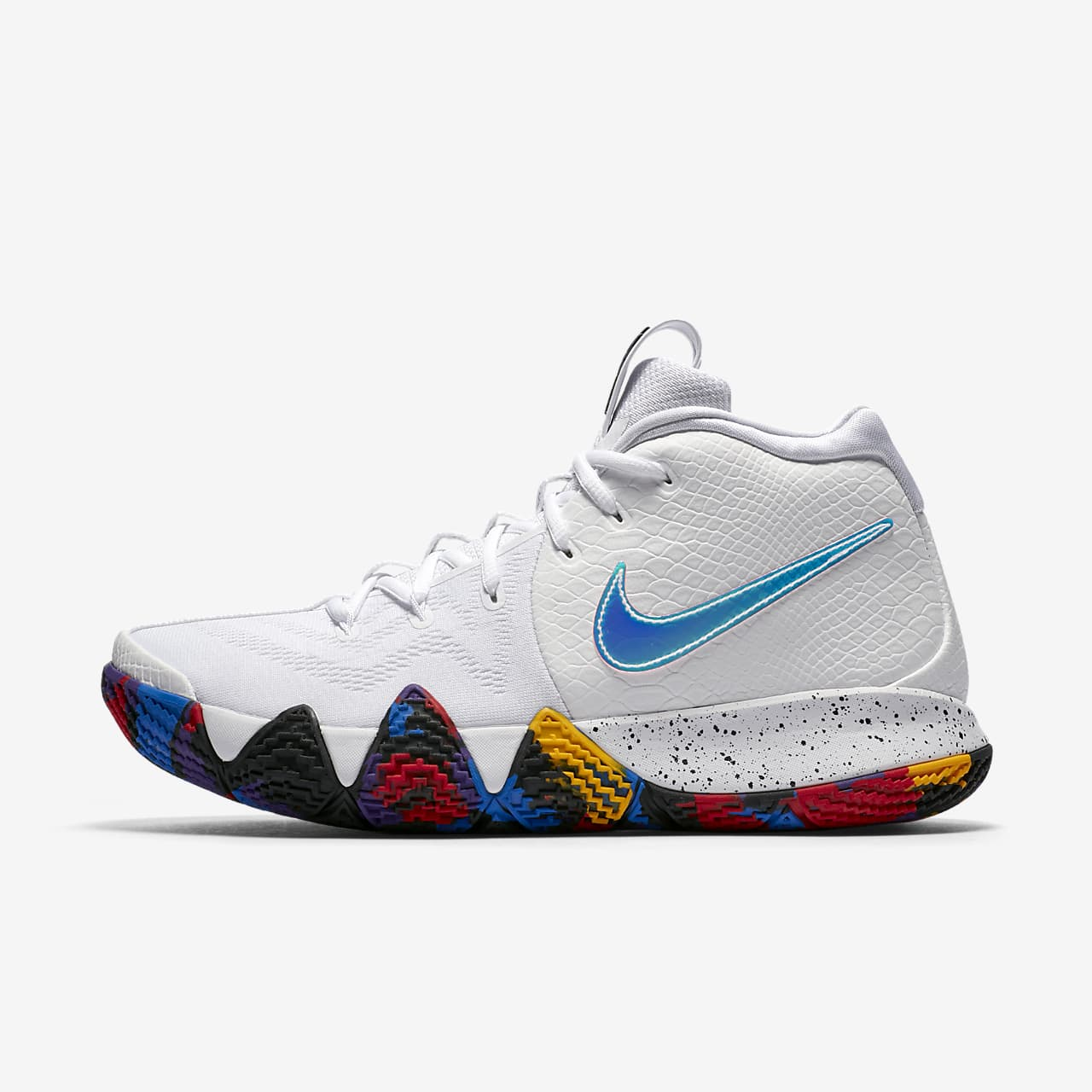 """Kyrie 4 """"The Moment"""" 籃球鞋"""