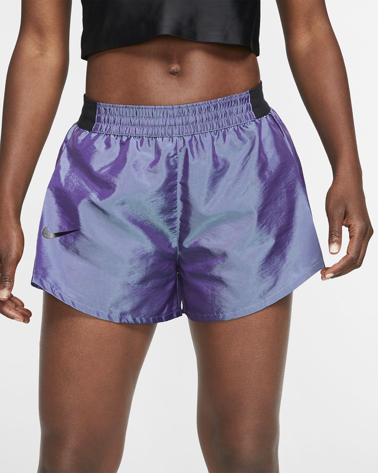 nike tempo running shorts woman