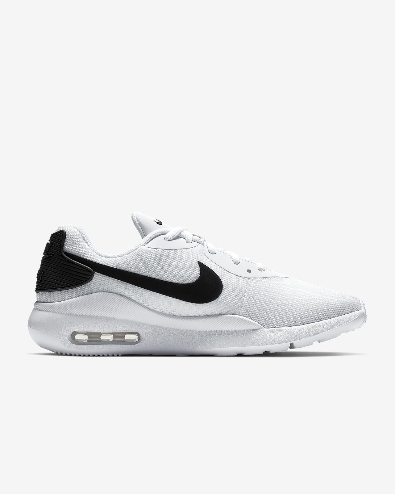 Women/'s Nike Air Max Oketo Athletic Sneaker NEW