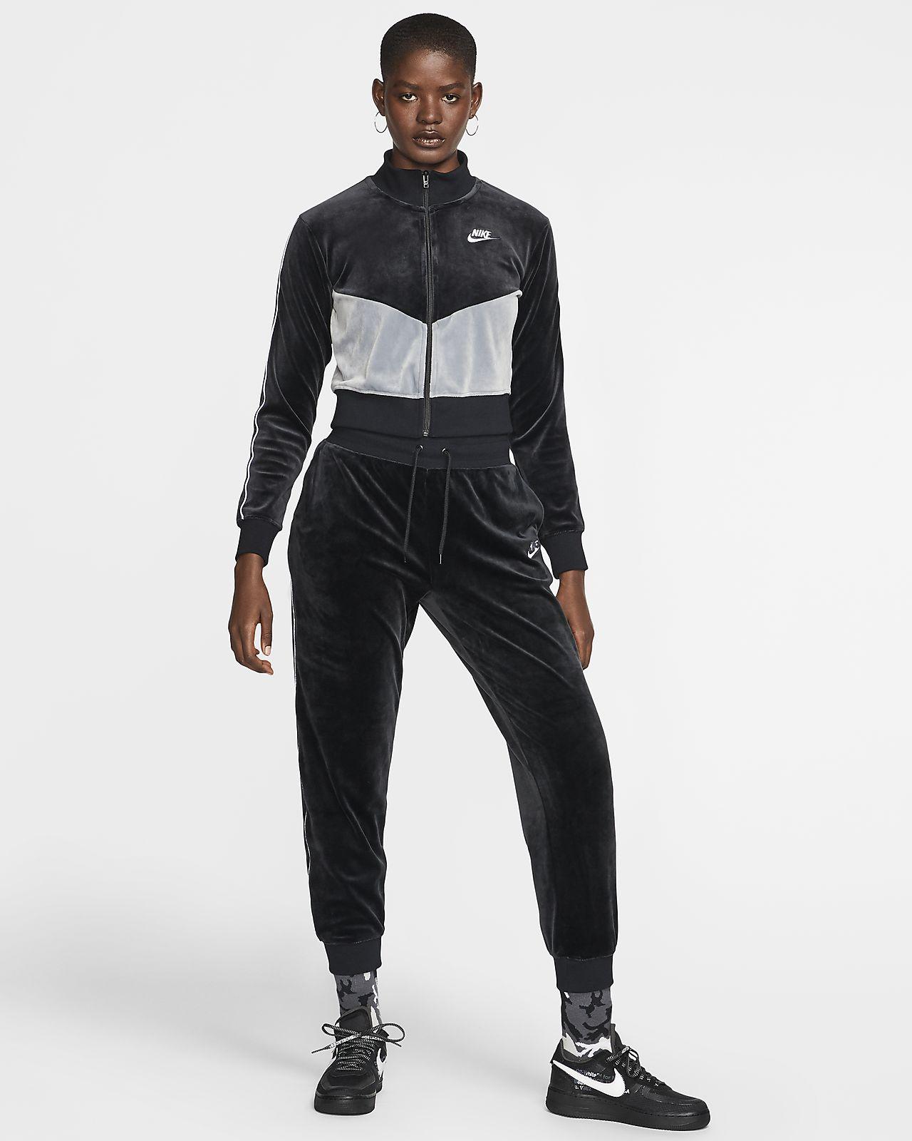 nike sportswear heritage pants