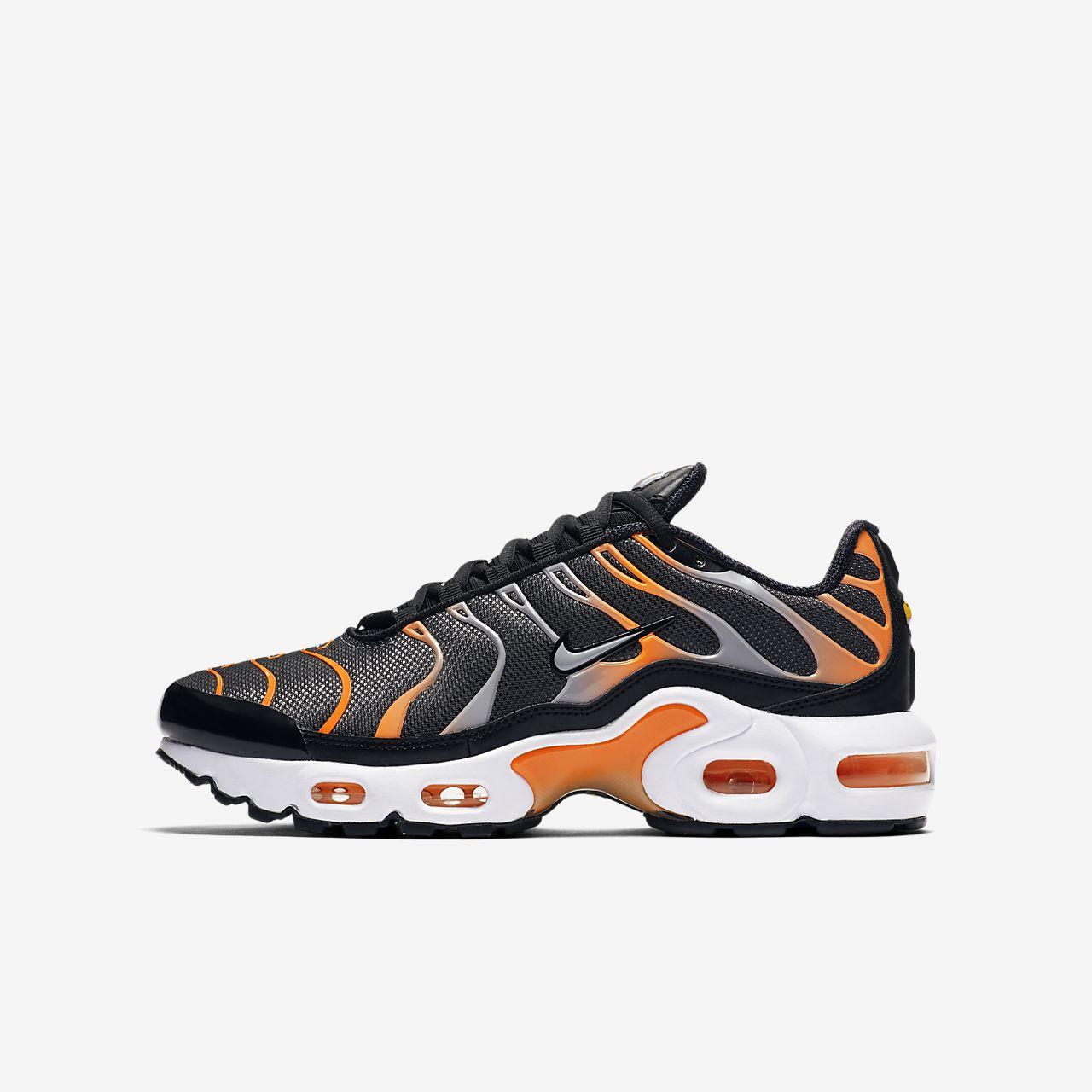 nike air max plus orange grey