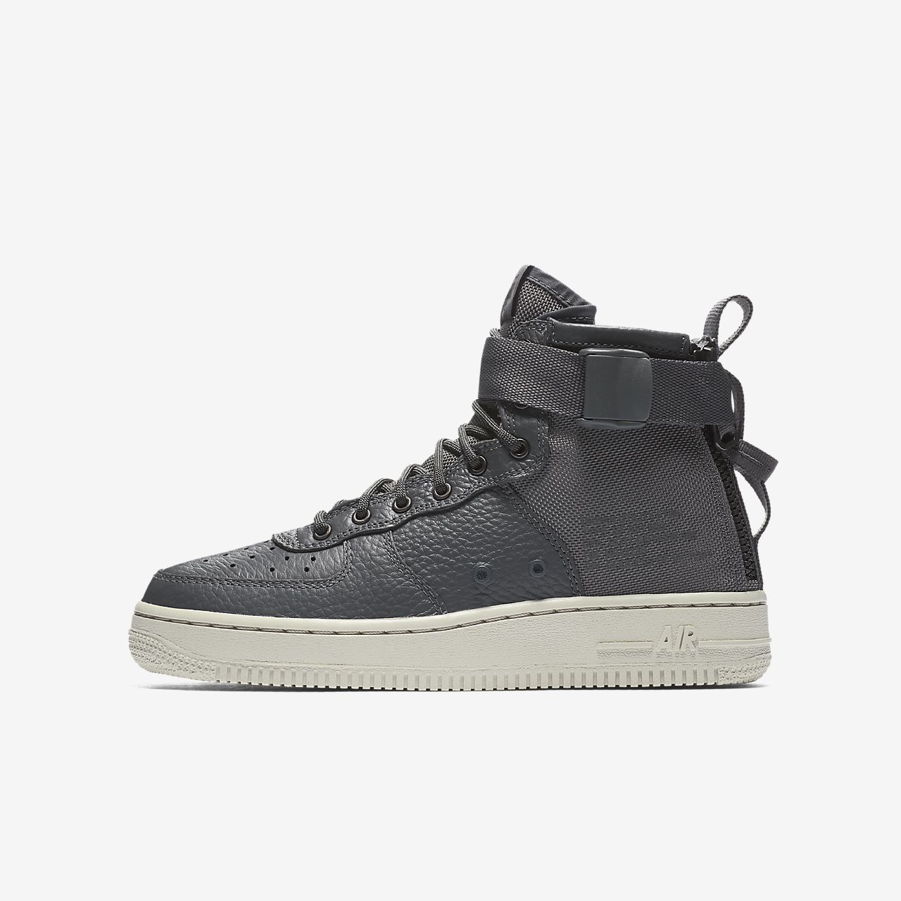 Nike SF Air Force 1 Mid Big Kids' Shoe