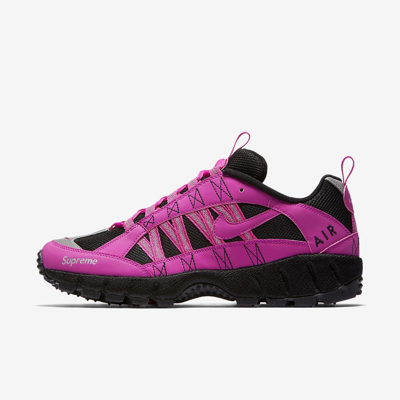 NikeLab Air Humara '17 x Supreme Men's Trail Running Shoe