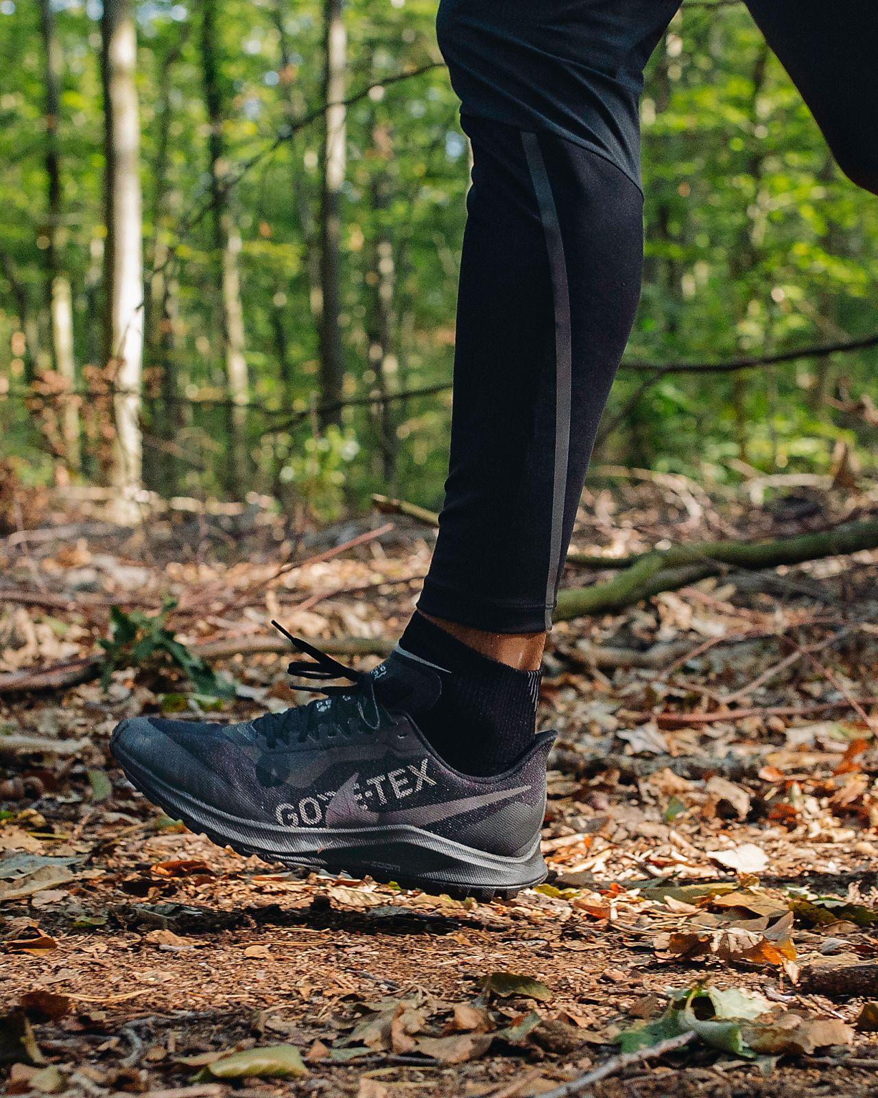 Nike Zoom Pegasus 36 Trail GORE TEX Men's Trail Running Shoe