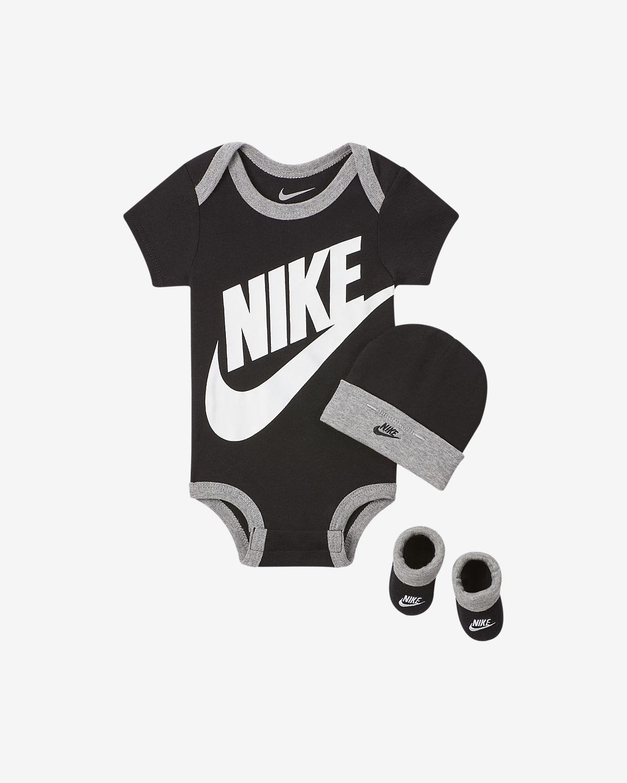 Conjunto de body, gorro y calzado para bebés (0 a 6 meses) Nike