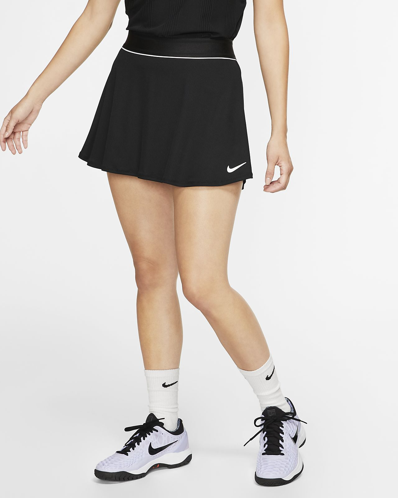 Nikecourt Dri-Fit Women's Tennis Skirt – Inner shorts provide extra coverage while you move.