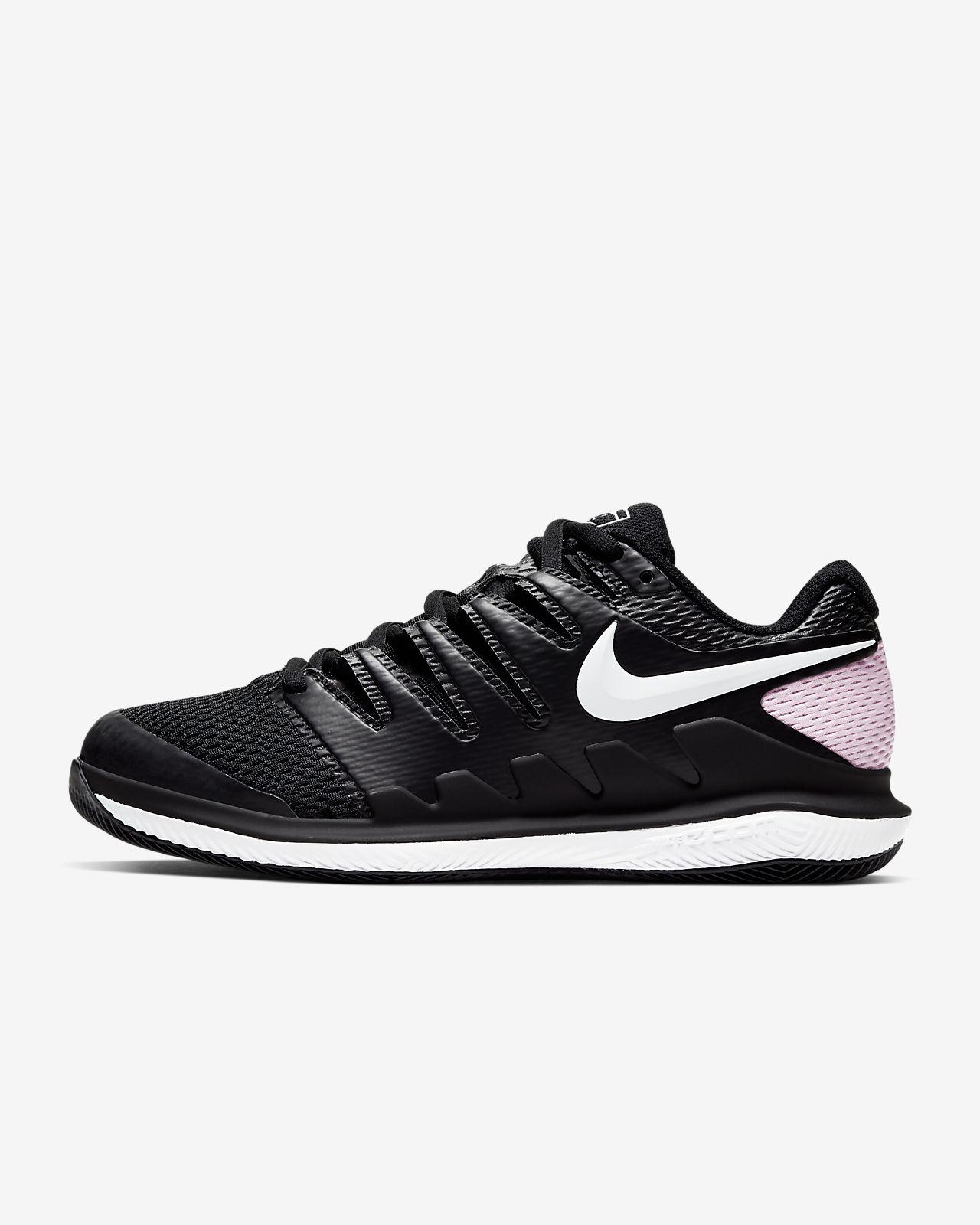 Hard Court Tennis Shoe. Nike SA