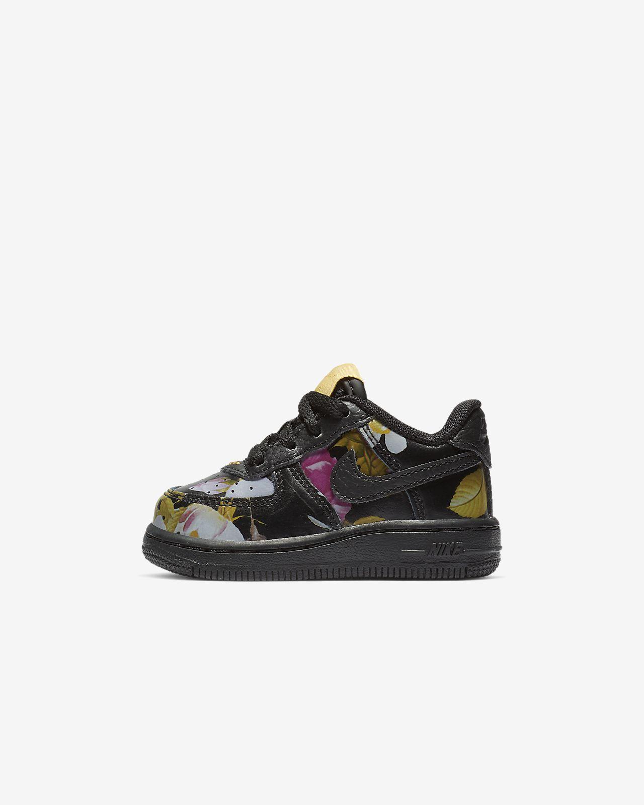 Calzado floral para bebé e infantil Nike Force 1 LXX