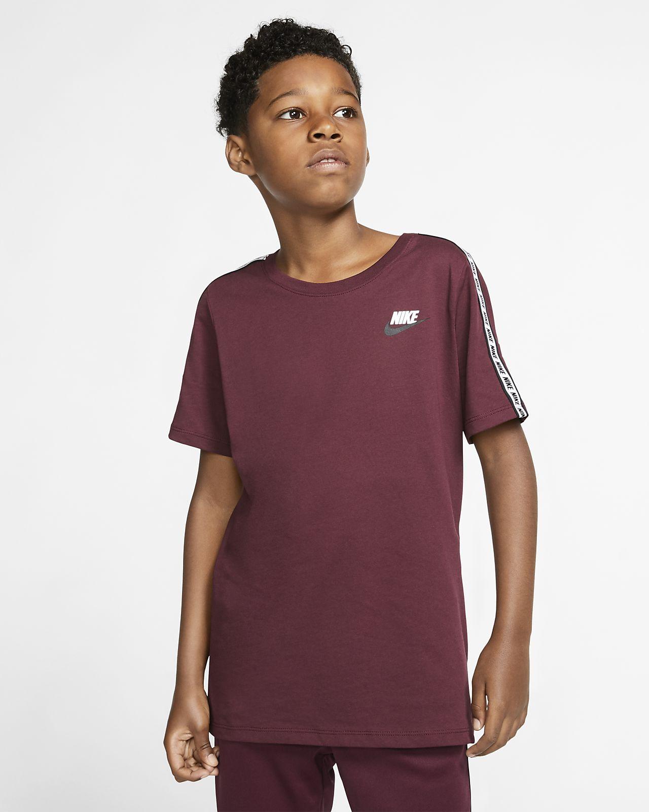 Nike Sportswear Older Kids' T Shirt