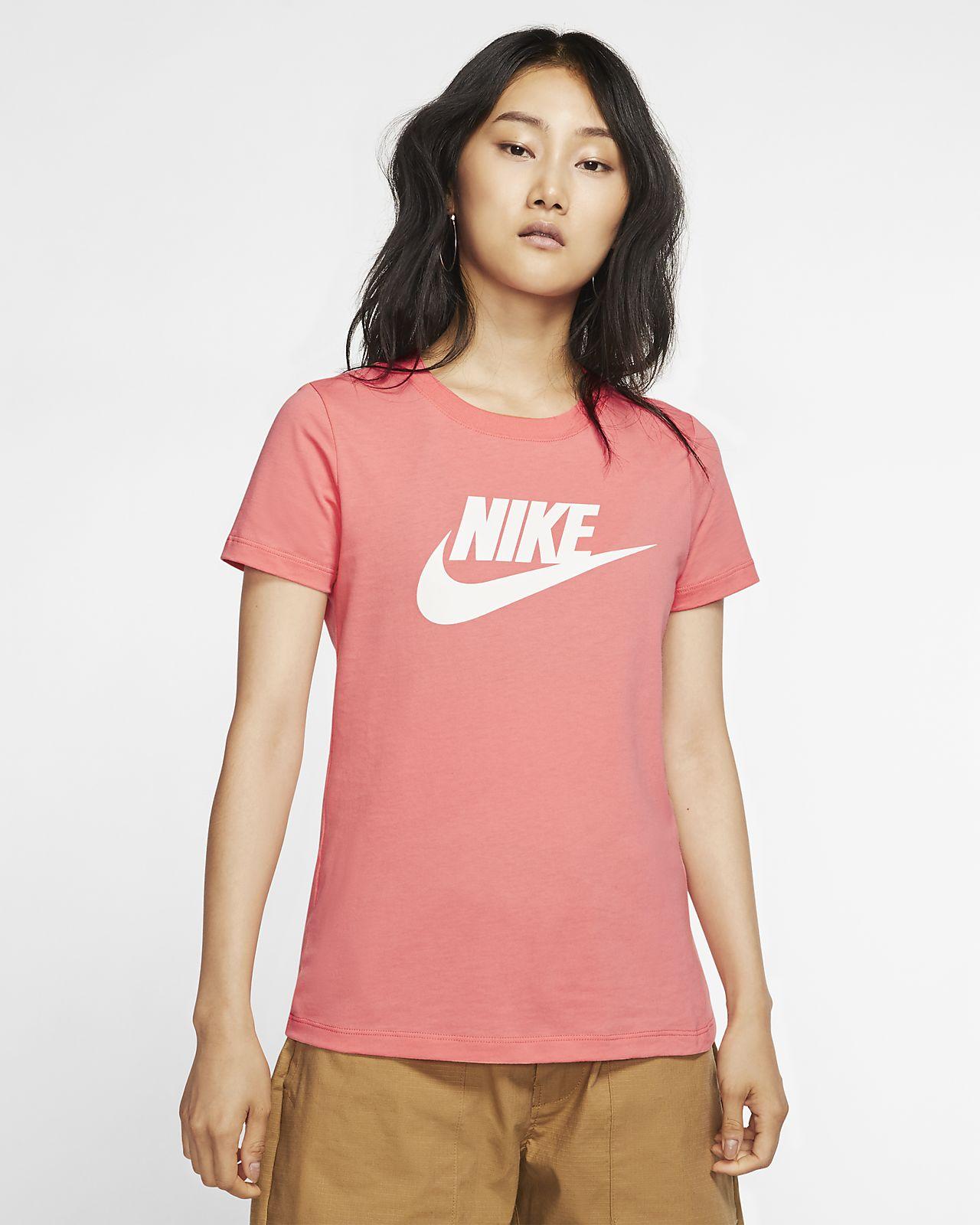 Nike Sportswear Essential T Shirt