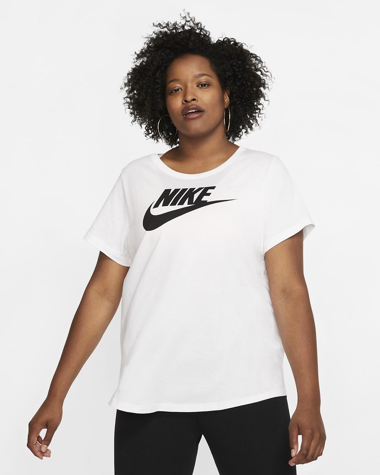 T-shirt damski Nike Sportswear Essential (duże rozmiary)
