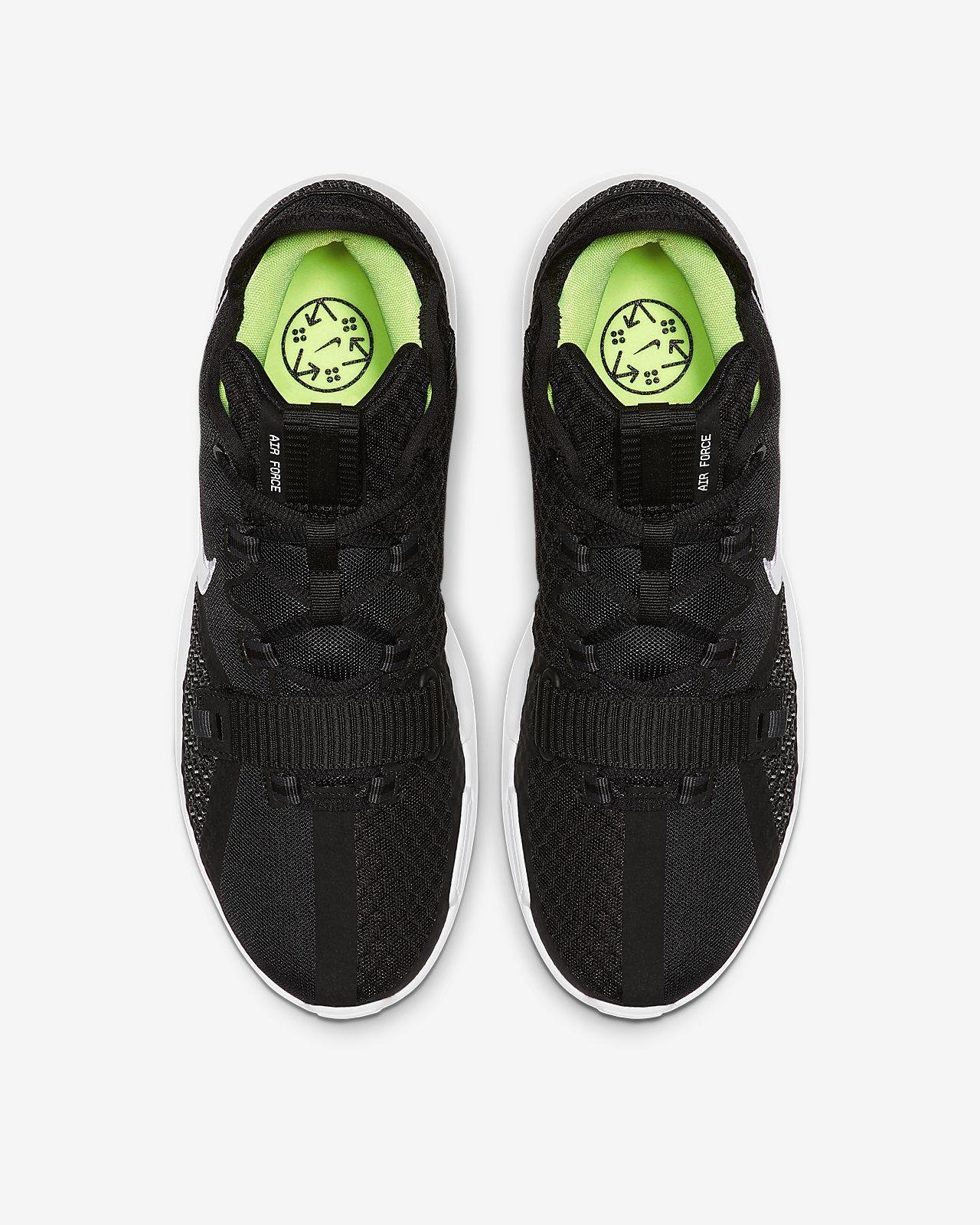 Calzado de básquetbol Nike Air Force Max Low.