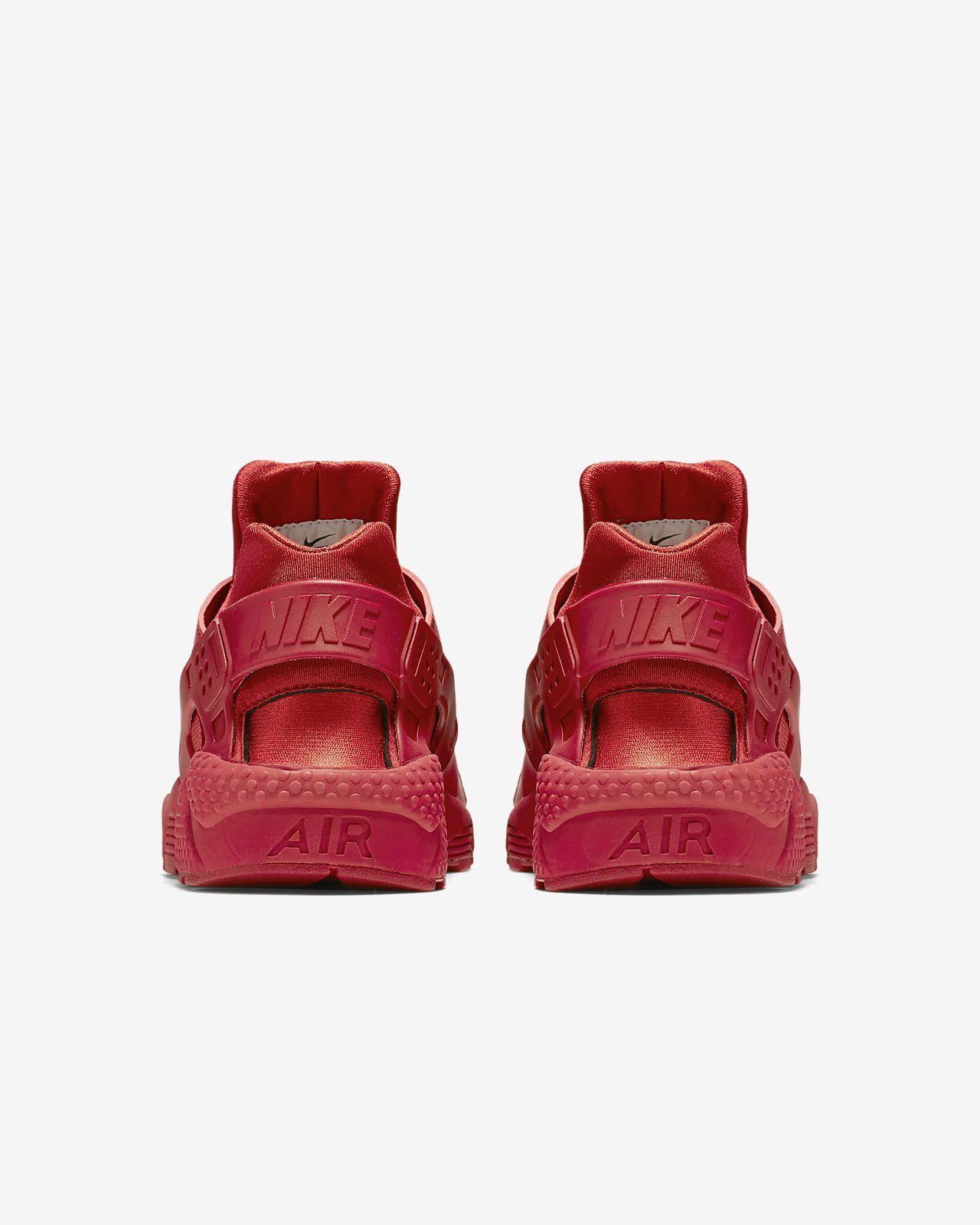 Nike Air Huarache aceso