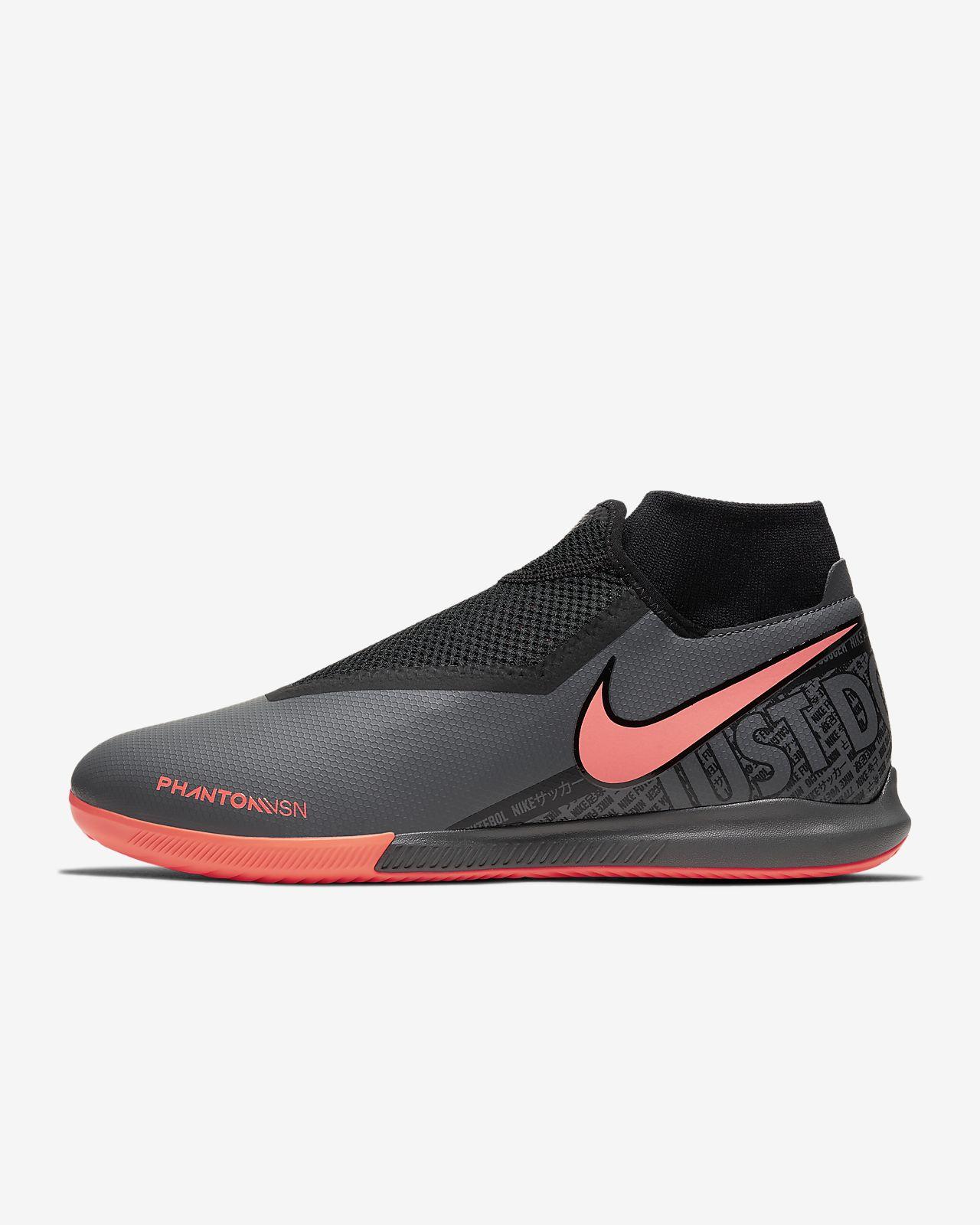 Nike Phantom Vision Academy Dynamic Fit IC Indoor/Court Football
