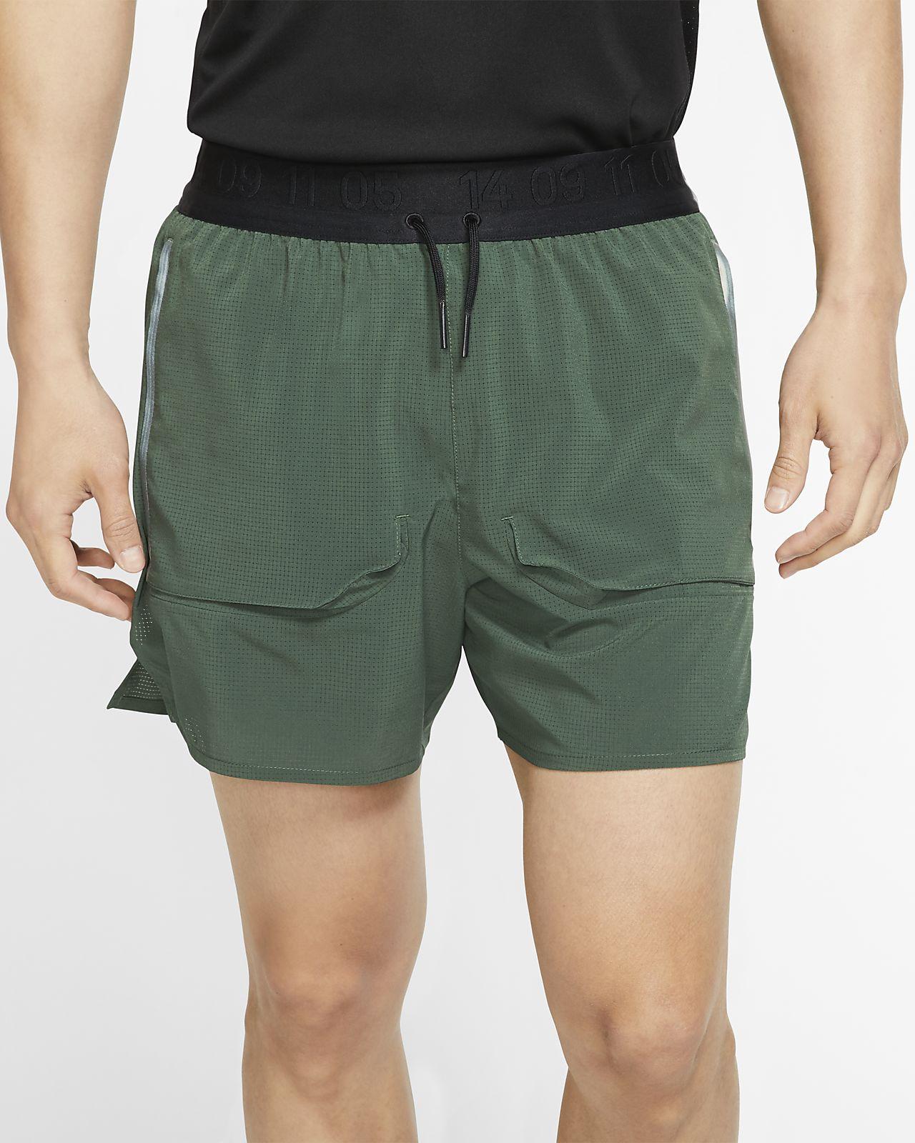 กางเกงวิ่งขาสั้นมีซับในผู้ชาย Nike