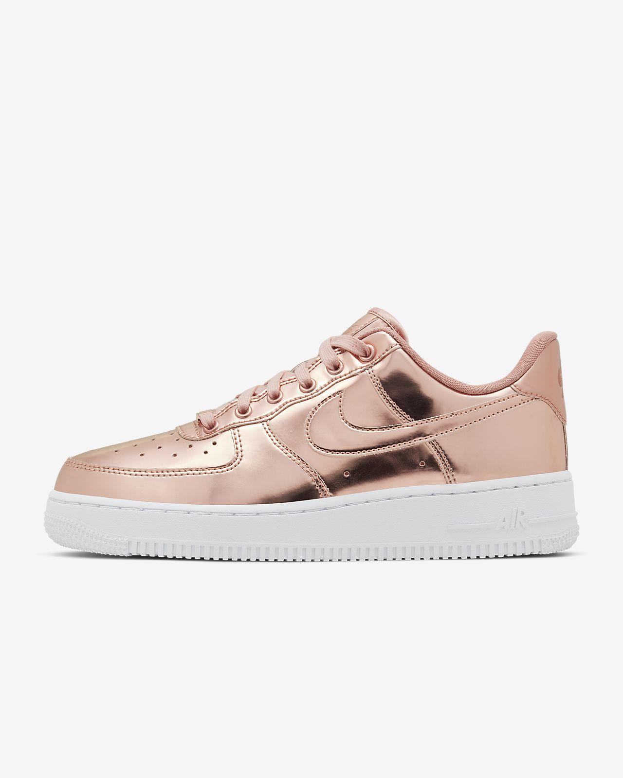 Sapatilhas casual de mulher Air Force 1 '07 Metallic Nike