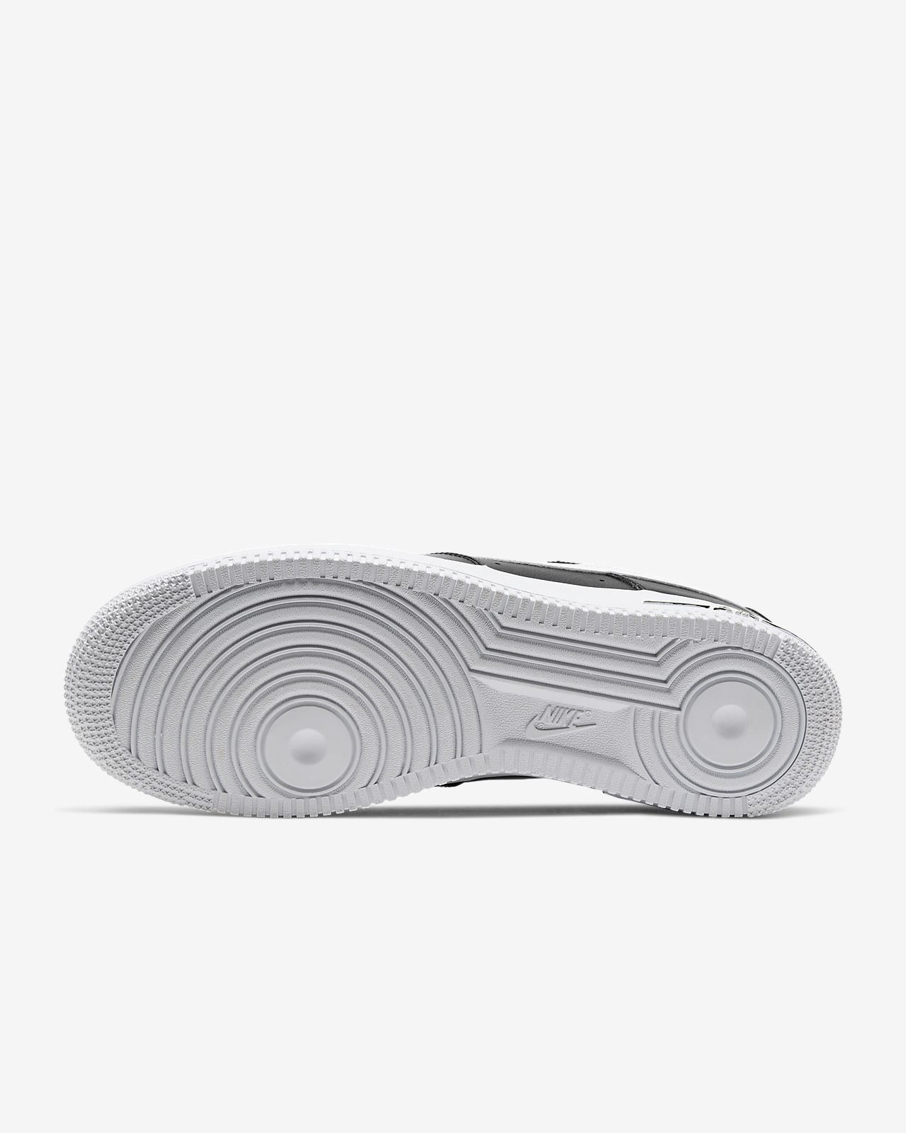Nike Air Force 1 07 LV8 utility back and white | Tenis