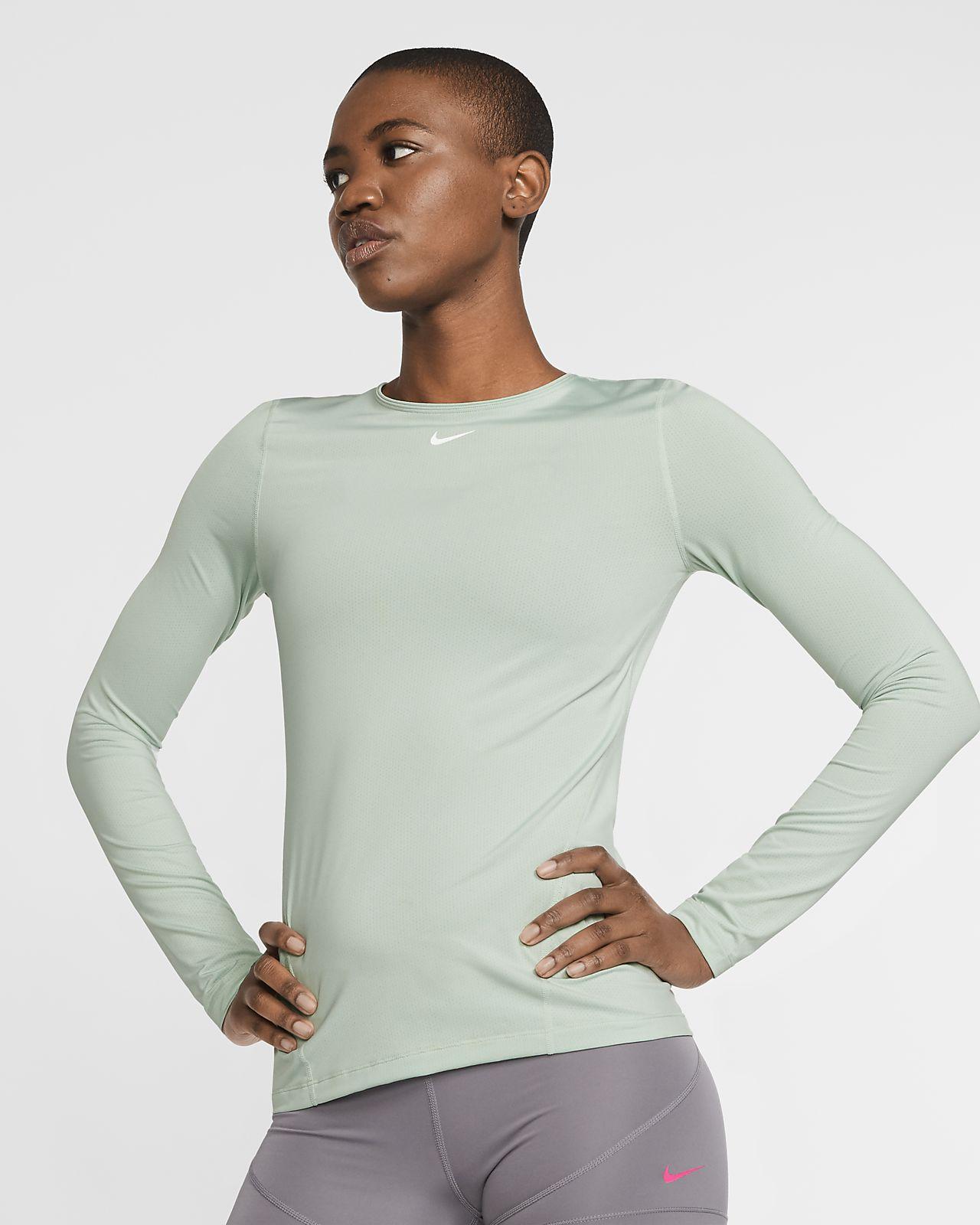Shoppa Nike Pro Mesh Långärmad Träningströja Dam i en Svart
