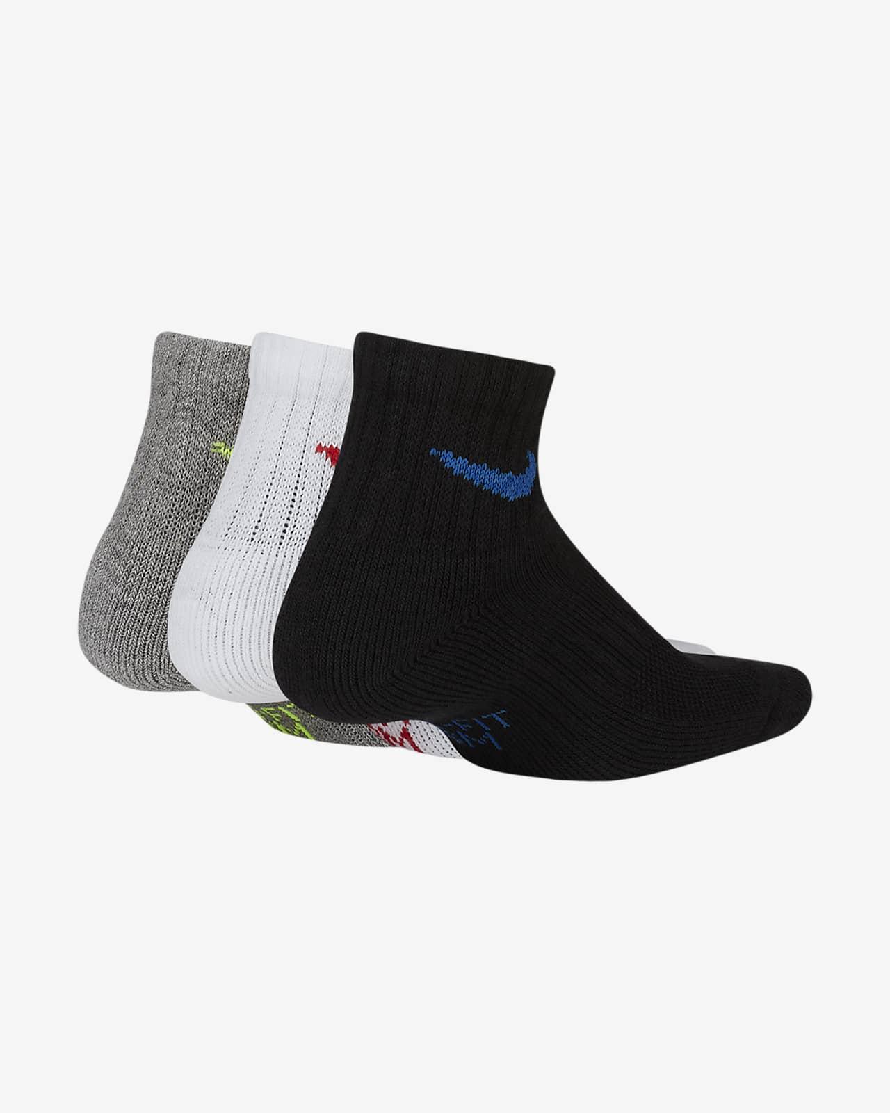 ถุงเท้าหุ้มข้อลดแรงกระแทกเด็กโต Nike Everyday (3 คู่)